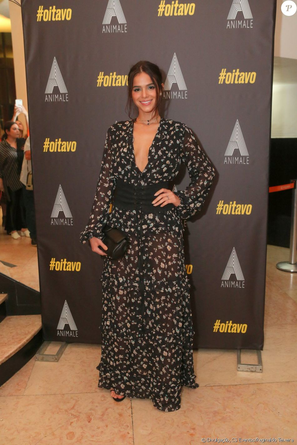 Bruna Marquezine foi a primeira atriz a ser convidada por Giovanni Bianco  para o curta  Oitavo  6244332d8d0