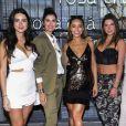 Thaila Ayala, Isabella Fiorentino, Sabrina Sato, Mariana Goldfarb e Lala Rudge usaram looks Rosa Chá no lançamento da nova coleção da marca, na rua Oscar Freire, em São Paulo, em 7 de dezembro de 2017