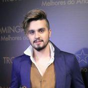 Luan Santana nega inspiração em look: 'Não foi pensado no Pequeno Príncipe'