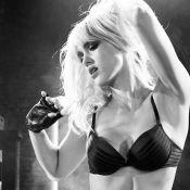 Jessica Alba se define puritana e fala sobre imagem: 'Sexo ajuda a vender filme'