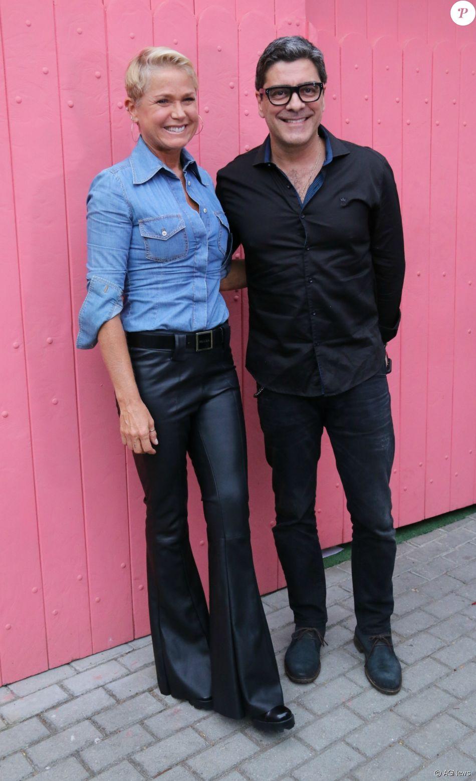 Junno Andrade comemora 5 anos de namoro com Xuxa Meneghel, em 16 de dezembro de 2017