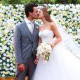 O vestido de noiva de Marina Ruy Barbosa foi uma criação exclusiva da grife italiana Dolce & Gabbana