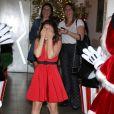 Larissa Manoela se surpreendeu ao chegar na festa com o tema Disney