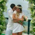 Veja fotos do casamento surpresa de Mayra Cardi e Arthur Aguiar