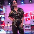 Para o 'The Voice Brasil', Ivete Sangalo usou  conjunto lamê de Reinaldo Lourenço: calça por   R$1.995 e camisa  R$2.064