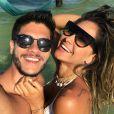 Casada com Arthur Aguiar, Mayra Cardi afirmou que pode engravidar a qualquer momento