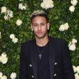 Neymar fez uma nova tatuagem neste domingo, 24 de dezembro de 2017