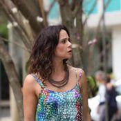 'Em Família': Jairo perde a filha no shopping e Juliana se desespera