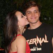 Larissa Manoela, em viagem, e o namorado trocam elogios na web: 'Mozin'