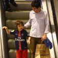 Caio Blat disse que o filho, Bento, de 7 anos, está adorando sua participação na novela 'Deus Salve o Rei'