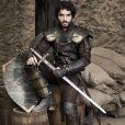 'A espada pesa mais do que eu, jamais conseguiria lutar com aquilo', admitiu Caio Blat