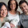 Regiane Alves é mãe de João Gabriel, de um mês
