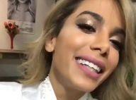 Anitta passa por transformação no cabelo e fica loira: 'Amei o resultado'. Vídeo