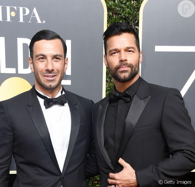 Ricky Martin e o noivo, Jwan Yosef, cruzaram o tapete vermelho da 75ª edição do Globo de Ouro, em Los Angeles, neste domingo, 7 de janeiro de 2018