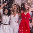 No último capítulo da novela 'Pega Pega', Antônia (Vanessa Giácomo), Maria Pia (Mariana Santos) e Luiza (Camila Queiroz) celebraram o fim da trama