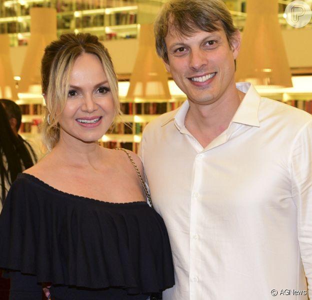 Eliana e o noivo, Adriano, devem se casar ainda no primeiro semestre de 2018