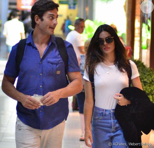Isis Valverde foi fotografada pela primeira vez com André Resende após reatar o namoro, na terça-feira, 9 de janeiro de 2018