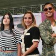 Anitta se lançou empresária de Clau e Mica: 'O fato de eu ser artista me ajuda muito com eles'