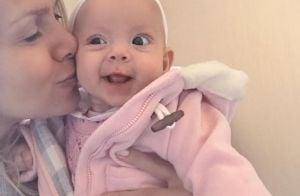 Nos EUA, Eliana comemora 1ª viagem da filha, Manuela: 'Estamos amando!'