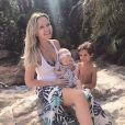 Eliana curtiu o domingo, 21 de janeiro de 2018, com os filhos Arthur e Manuela no parque Discovery Cove, em Orlando, nos Estados Unidos