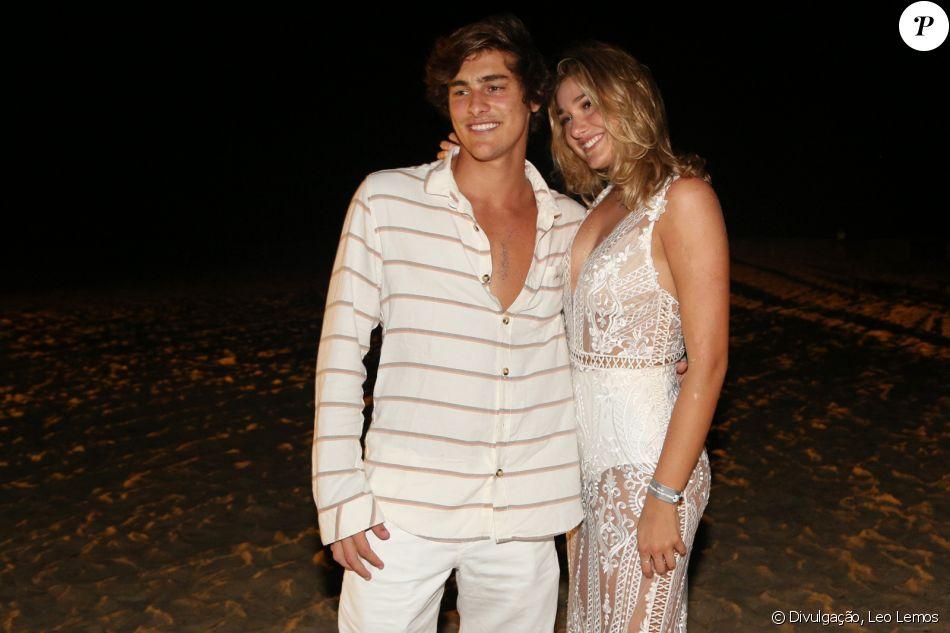 Sasha Meneghel, longe do namorado, Bruno Montaleone, se declara em  entrevista nesta quarta 26366fdb15
