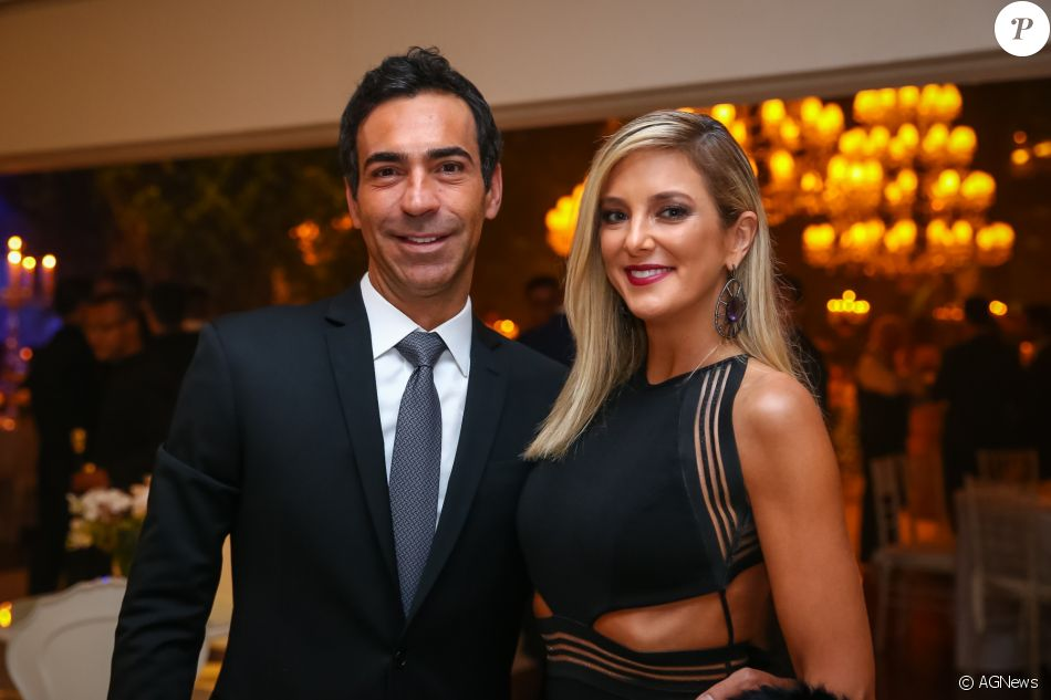 Ticiane Pinheiro comemorou a entrada de Cesar Tralli no rodízio de apresentadores do 'Jornal Nacional'