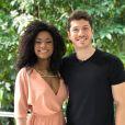 Caio Paduan disse que ri dos rumores de namoro com Erika Januza, seu par em 'O Outro Lado do Paraíso'