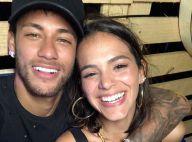 Neymar recorda foto com a namorada, Bruna Marquezine: 'Saudade de nós'