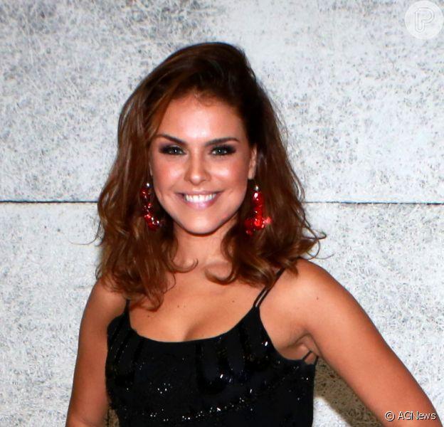 Ex-rainha da Grande Rio, Paloma Bernardi vai desfilar em ala neste carnaval, conta ao Purepeople: 'Diretoria'