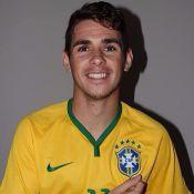 Oscar é papai! Nasce filha do meio-campo da Seleção Brasileira, Júlia, em SP