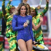 Claudia Leitte usa look avaliado em mais de R$ 2 milhões na abertura da Copa