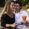 Shirley (Vivianne Pasmanter) pede que Laerte (Gabriel Braga Nunes) fique com ela em vez de Luiza (Bruna Marquezine), na novela 'Em Família'