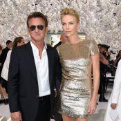 Charlize Theron e Sean Penn planejam se casar em breve e adotar um bebê