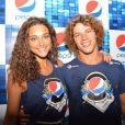 Depois de viverem par romântico em 'Avenida Brasil', Débora Nascimento e José Loreto assumiram o namoro quatro meses antes do Carnaval. A musa e o bonitão do Divino vão passar o Carnaval agarradinhos