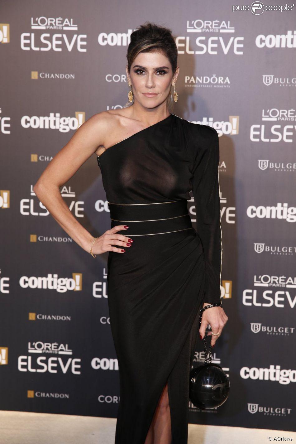 Deborah Secco brilhou no Prêmio Contigo! de TV no Copacabana Palace, na noite desta segunda-feira, 28 de julho de 2014