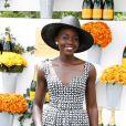 Lupita N'yongo foi eleita a mulher mais bonita do mundo pela revista 'People'