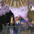 Marina Ruy Barbosa e Klebber Toledo desfilaram juntos no carnaval, em março de 2014