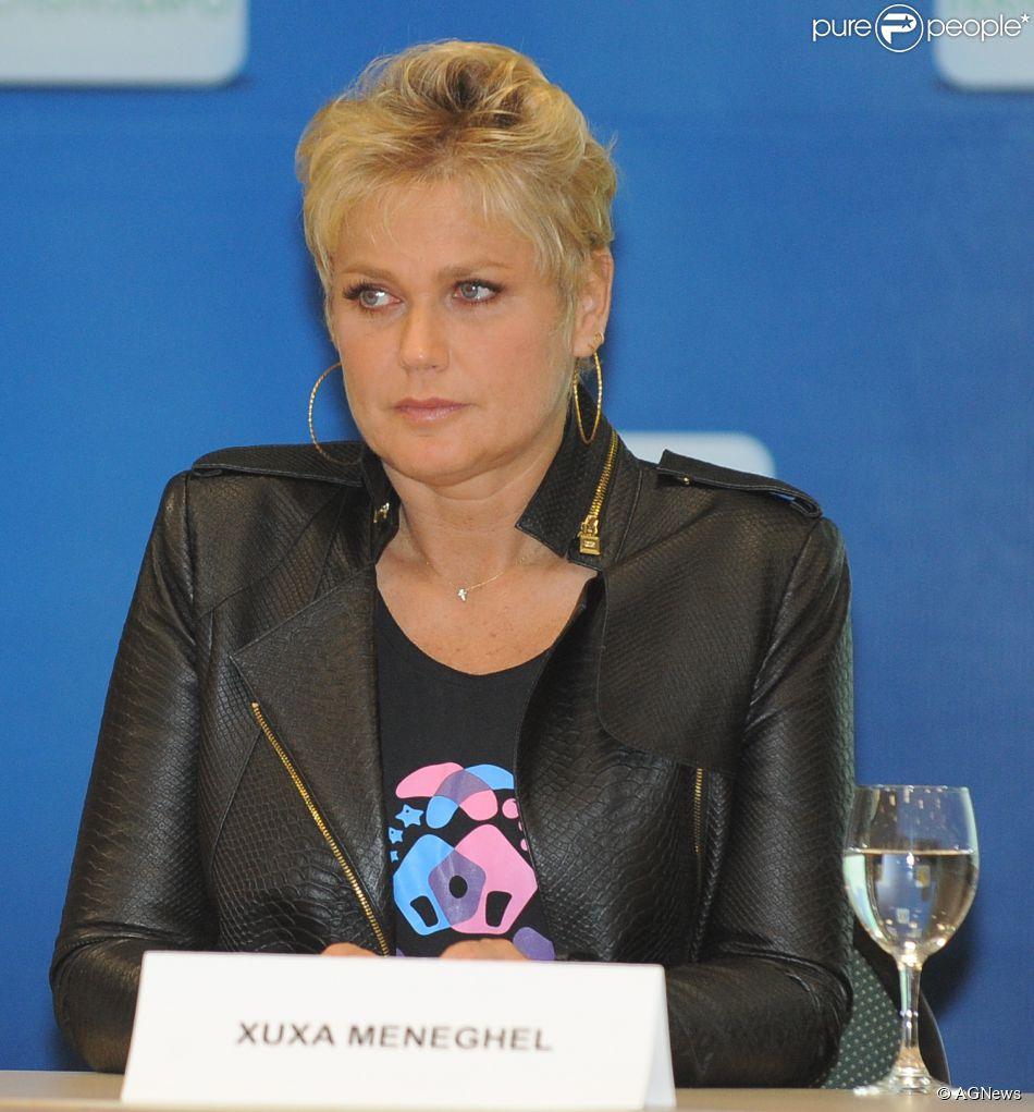 Mãe de Xuxa, dona Alda volta a ser internada no Rio de Janeiro: 'Está em observação' (12 de agosto de 2014)