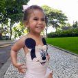 Maria Flor é carismática no Instagram da mãe, Deborah Secco