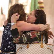 Querida! Susana Vieira se emociona ao ganhar carinho em shopping do Rio. Fotos!