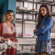 Nos próximos capítulos da novela 'Malhação: Vidas Brasileiras', Pérola (Rayssa Bratillieri) encontrará mensagens suspeitas no celular de Camila (Lorena Comparato)