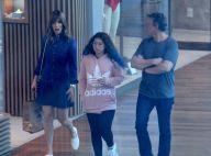 Ana Furtado passeia no shopping ao lado da filha e do marido, Boninho, no Rio