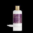 Leite corporal da L'Occitane,  inspirado na textura do leite, com fragrância com notas de mel e lavanda; um luxo! R$ 155
