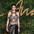 Kaia Gerber de Alexander McQueen Verão 2018 para o  British Fashion Awards 2018, realizado em Londres, nesta segunda-feira, 10 de dezembro