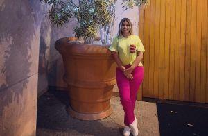 Mix de tendências: Marília Mendonça combina sporty e neon em look. Veja foto!