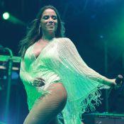 Anitta faz show em Jericoacoara e o affair, Ronan, é filmado em plateia. Vídeo!
