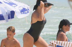 Dia de folga em casal! Fernanda Souza e Thiaguinho curtem praia no Rio. Fotos!