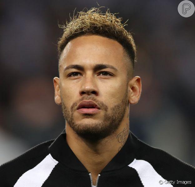 Bailarina apontada como affair de Neymar nega romance em entrevista nesta sexta-feira, dia 04 de janeiro de 2019