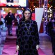 Poá estilizado: Isis Valverde vestindo look Dior em Festival de Gramado