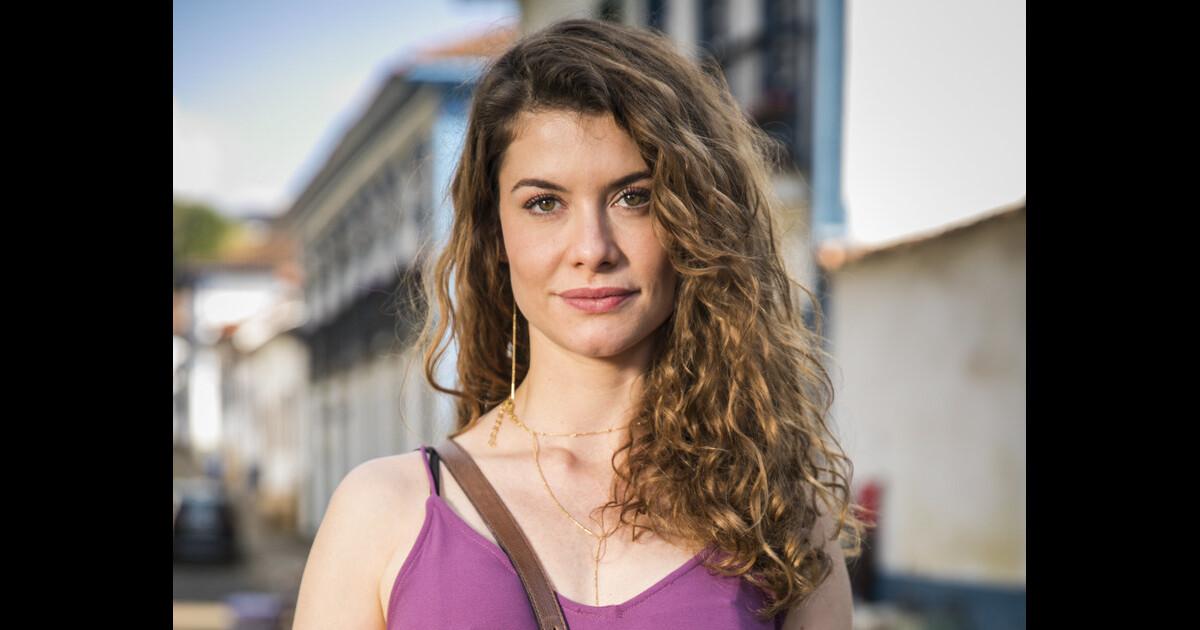 Novela 'Espelho da Vida': Cris é vítima de Isabel ao deixar